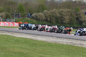 images_British-superbikes-throxton-2013